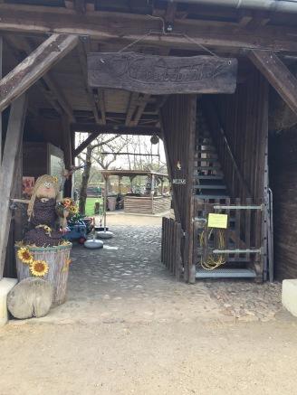 Eingang des Kinderbauernhofs Mümmelmann