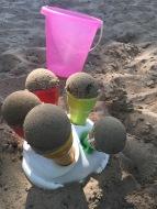 Buddeln im Sandkasten