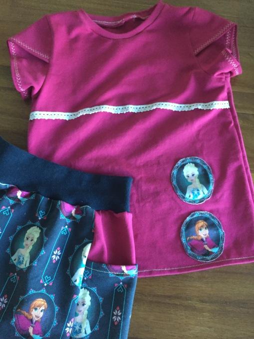 Sommeroutfit Mädchen nach dem Freebook Rock Juka und Freebook T-Shirt Quatschkopf