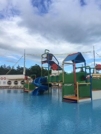 Wasserspielplatz im Kinderpool im RIU Helios Paradise, Bulgarien